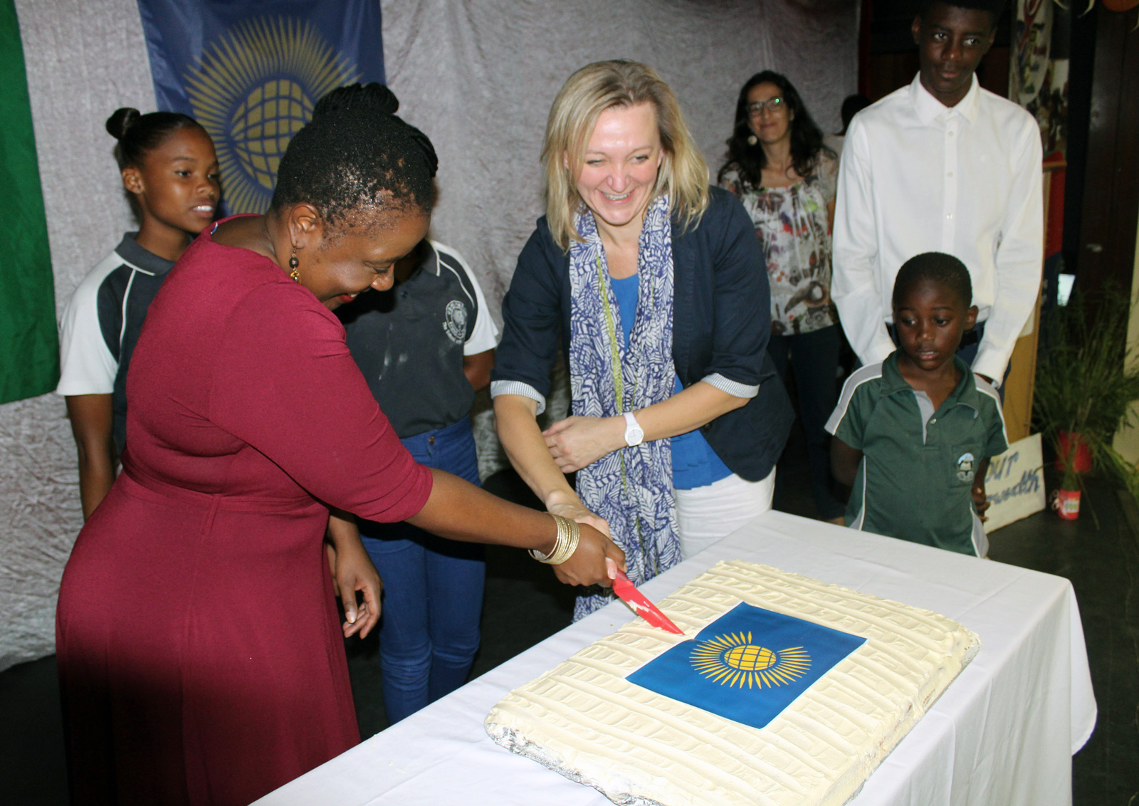 Cutting a Commonwealth cake